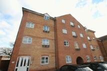 Apartment to rent in Snowberry Close, BRISTOL