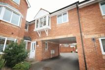 1 bedroom Flat in Snowberry Close...