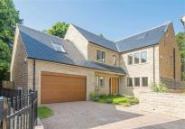 Detached property in Oak House, 3...