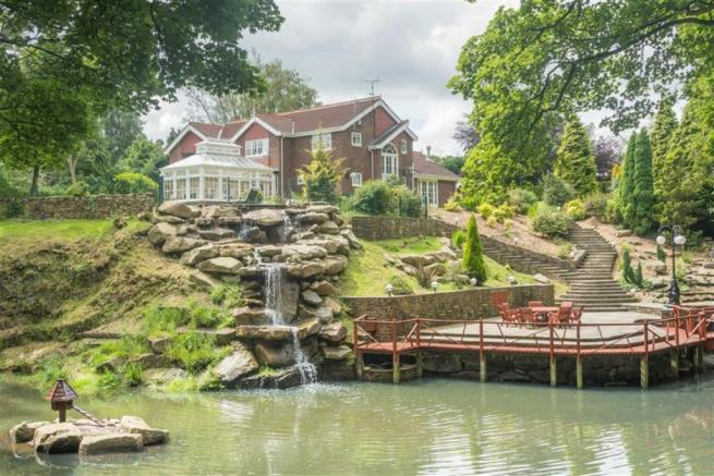 4 bedroom detached house for sale in lake house 100 for How much does a lake house cost