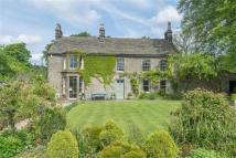 6 bed Detached property in The Old Vicarage...