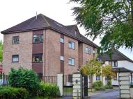 3 bedroom Flat in Page Close, Staple Hill...