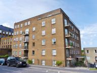 2 bed Flat in Temple Street, Keynsham...