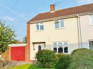 2 bedroom semi detached house in Kenilworth Close...