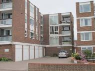 2 bed Flat in East Lodge...