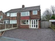 3 bedroom semi detached house to rent in Barley Road, Thelwall