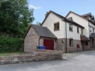 2 bed End of Terrace house for sale in Lumb Brook Mews...