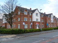 2 bed Apartment in Ferryside, Thewall