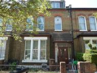 5 bed Flat to rent in Finsbury Park Road...