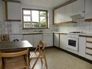 4 bed Flat to rent in Brecknock Road, London N7