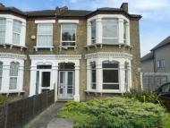 6 bedroom semi detached house in Southwood Road...