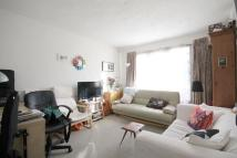 Apartment to rent in Junction Road, London...
