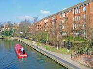 2 bed Flat to rent in REACHVIEW CLOSE, London...