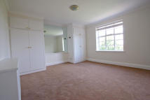 Flat to rent in Ormonde Terrace, London...