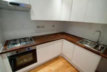 Flat to rent in Parkway, London, NW1