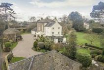 8 bed Detached house for sale in Woodend Lane, Awre...