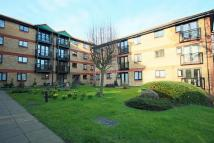 Flat for sale in Windsor Court...