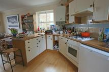 3 bed semi detached property to rent in The Drove, Tivoli...