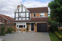 Detached house in Cresset Close...