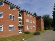 2 bedroom Flat in FARNHAM ROYAL