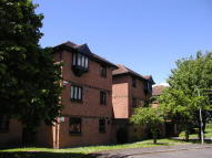 Studio apartment in COLNBROOK