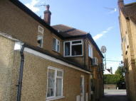 Flat to rent in Nr BURNHAM, SLOUGH