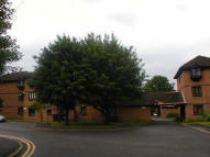1 bed Studio apartment in COLNBROOK
