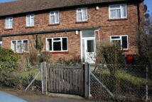Nr BURNHAM Ground Maisonette to rent