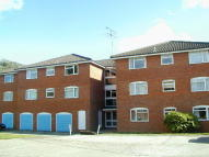 2 bedroom Apartment in FARNHAM ROYAL