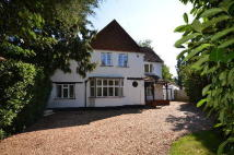 5 bed Detached property to rent in BURNHAM