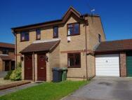 Hawthorn Close semi detached property to rent
