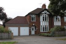 4 bed semi detached property for sale in Boundary Road, Newark
