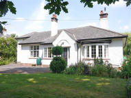 4 bed Detached Bungalow in Pyles Thorne Road...