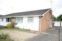 2 bed Semi-Detached Bungalow in Craven Close, Trumpington