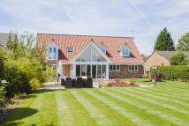 Detached property in Highfields, Caldecote
