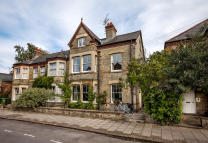 6 bedroom semi detached property in Glisson Road, Cambridge