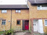 Terraced house to rent in Loompits Way...