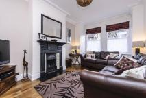 4 bed home in Julien Road, Ealing...