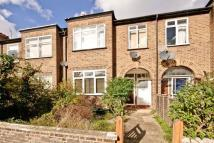 3 bedroom Apartment in Lawrence Road, Ealing...