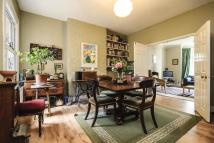 4 bedroom property for sale in Windmill Road...