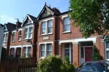 2 bed Apartment in Radbourne Avenue, Ealing...