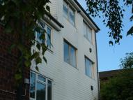 2 bedroom Apartment in Warren Road, Guildford