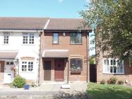 2 bed End of Terrace home to rent in Fairborne Way, Guildford