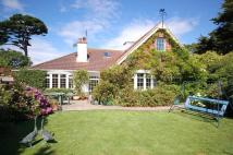 5 bedroom Detached Bungalow in 32 Dilly Lane...