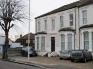 Studio apartment in Aldborough Road South...