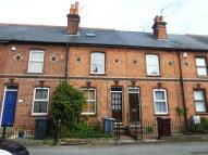 3 bed Terraced home in Elgar Road, Reading, RG2