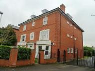 2 bed property to rent in Brownlow Lodge...