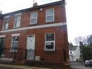 2 bed End of Terrace property in Western Road, Reading...