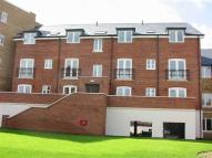 Apartment to rent in Aveley House...