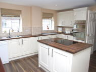 4 bed Detached property for sale in Great Coxwell